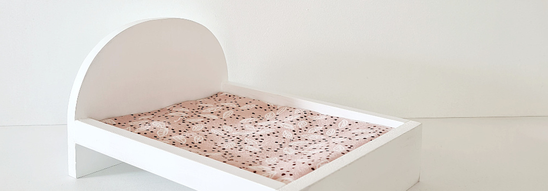 Bed for Maileg Mouses Big - White