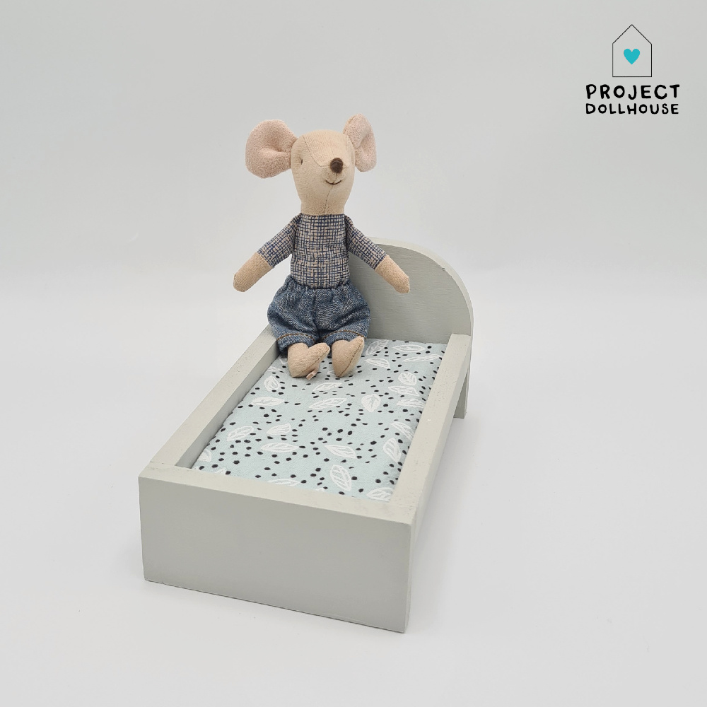 Bed for Maileg Mouses Small - Gentle Green-1