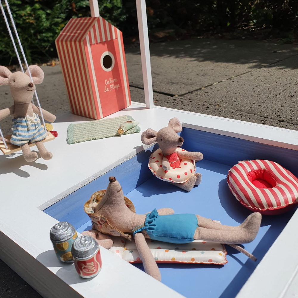 Dollhouse Swimming Pool with Pergola and Swing-3
