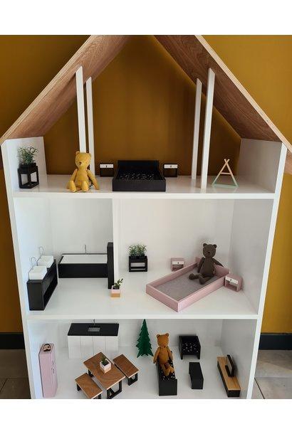 Maatwerk Minthe poppenhuis in barbie  formaat