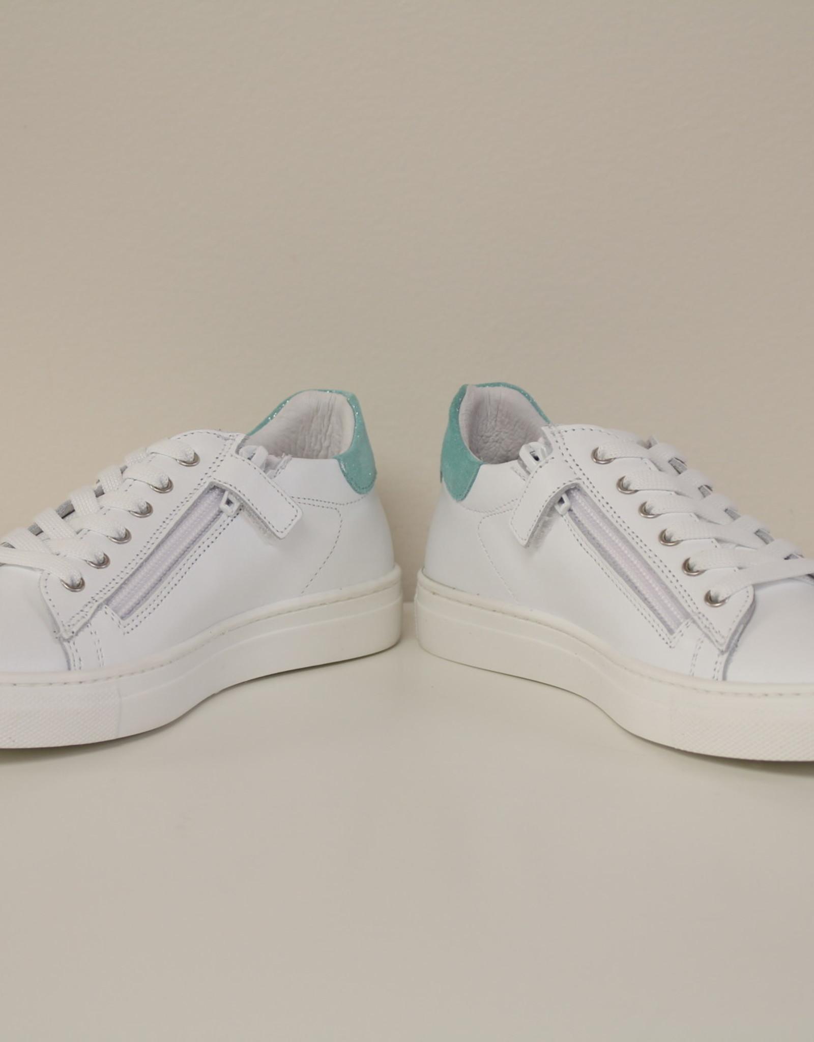 La Triboo 8541 witte sneaker