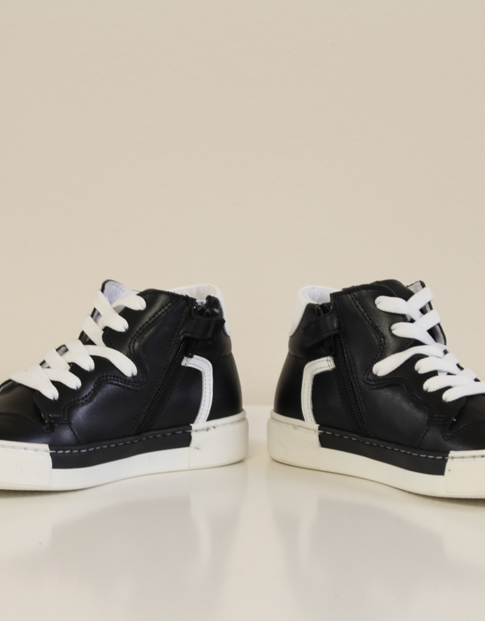 La Triboo 8493 basket zwart wit