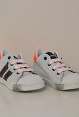 Rondinella 4316-11A witte sneaker blauwe strepen oranje accent