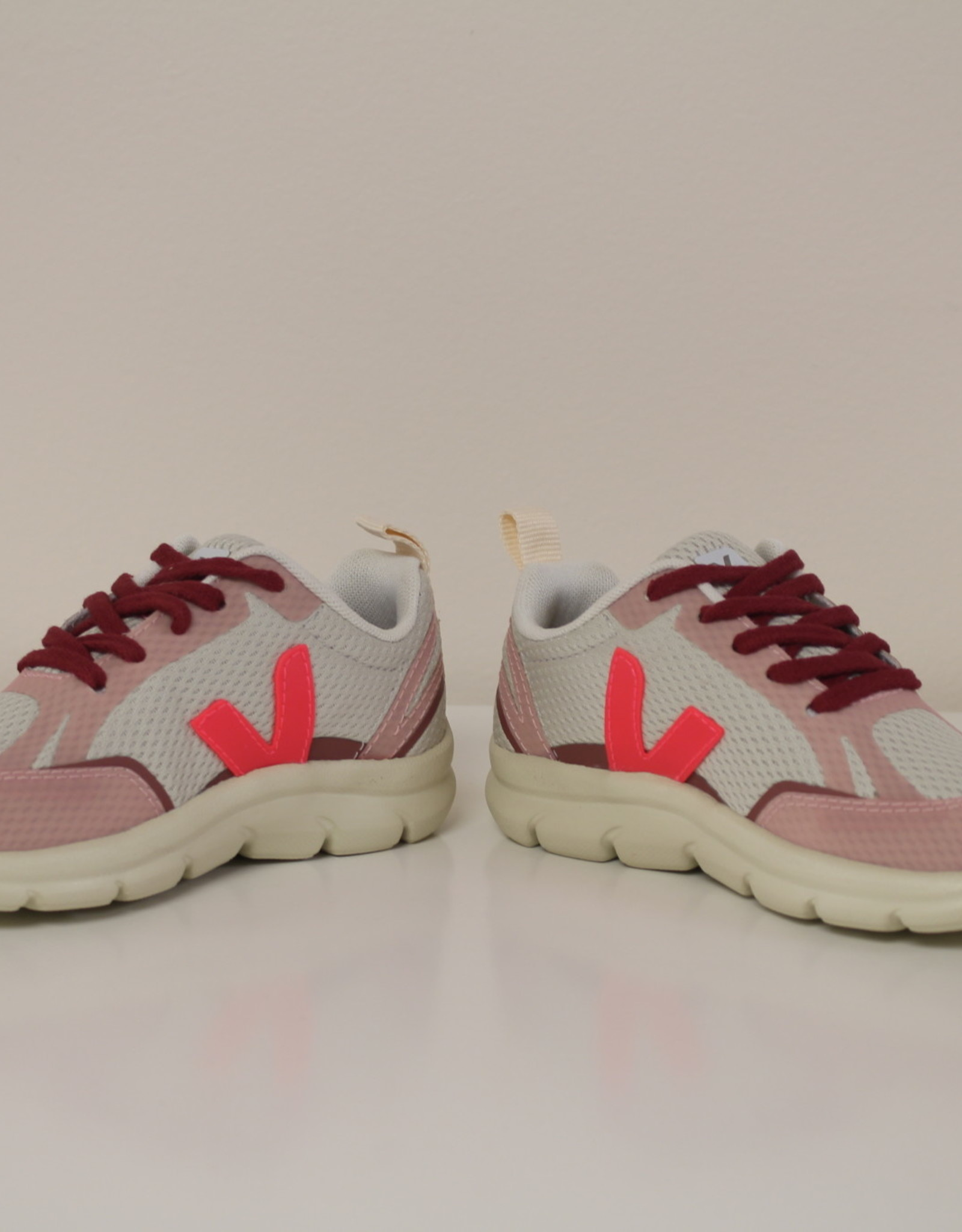 VEJA small canary natural rose fluo