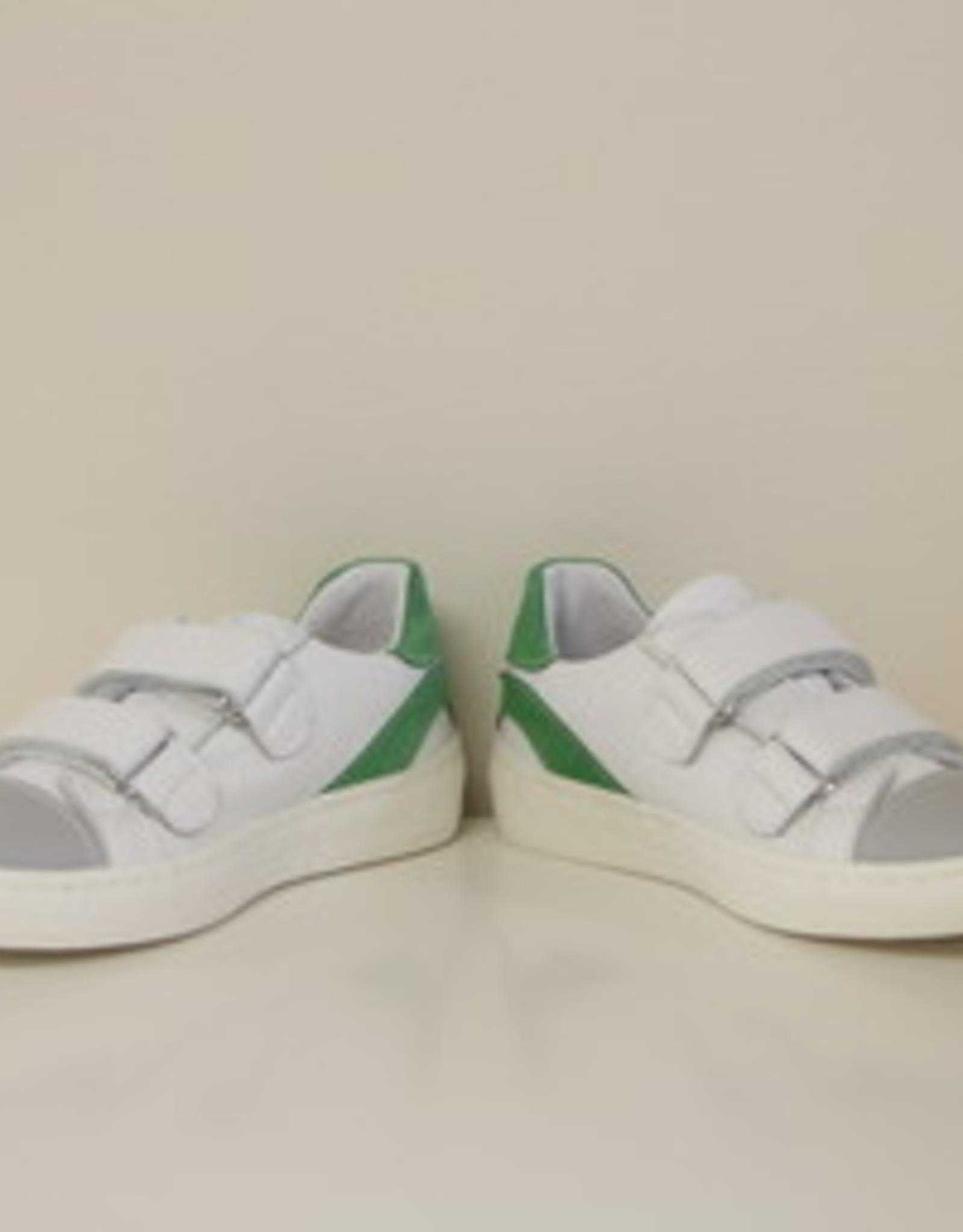 Banaline witte sneaker met groen velcro