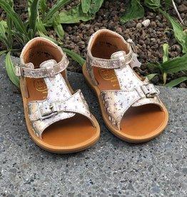 Pom d'api poppy buckle fleurette platine sandaal
