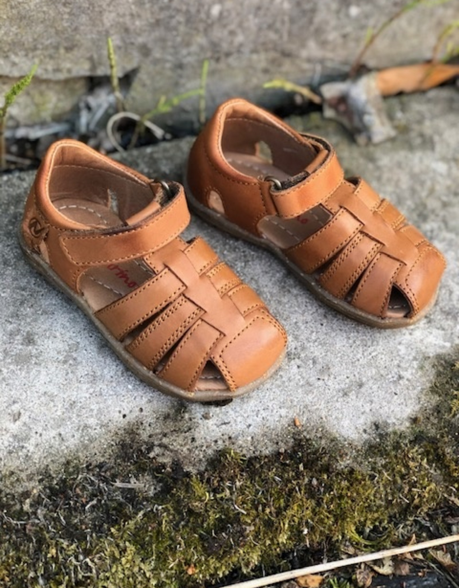 Naturino see cognac sandaal