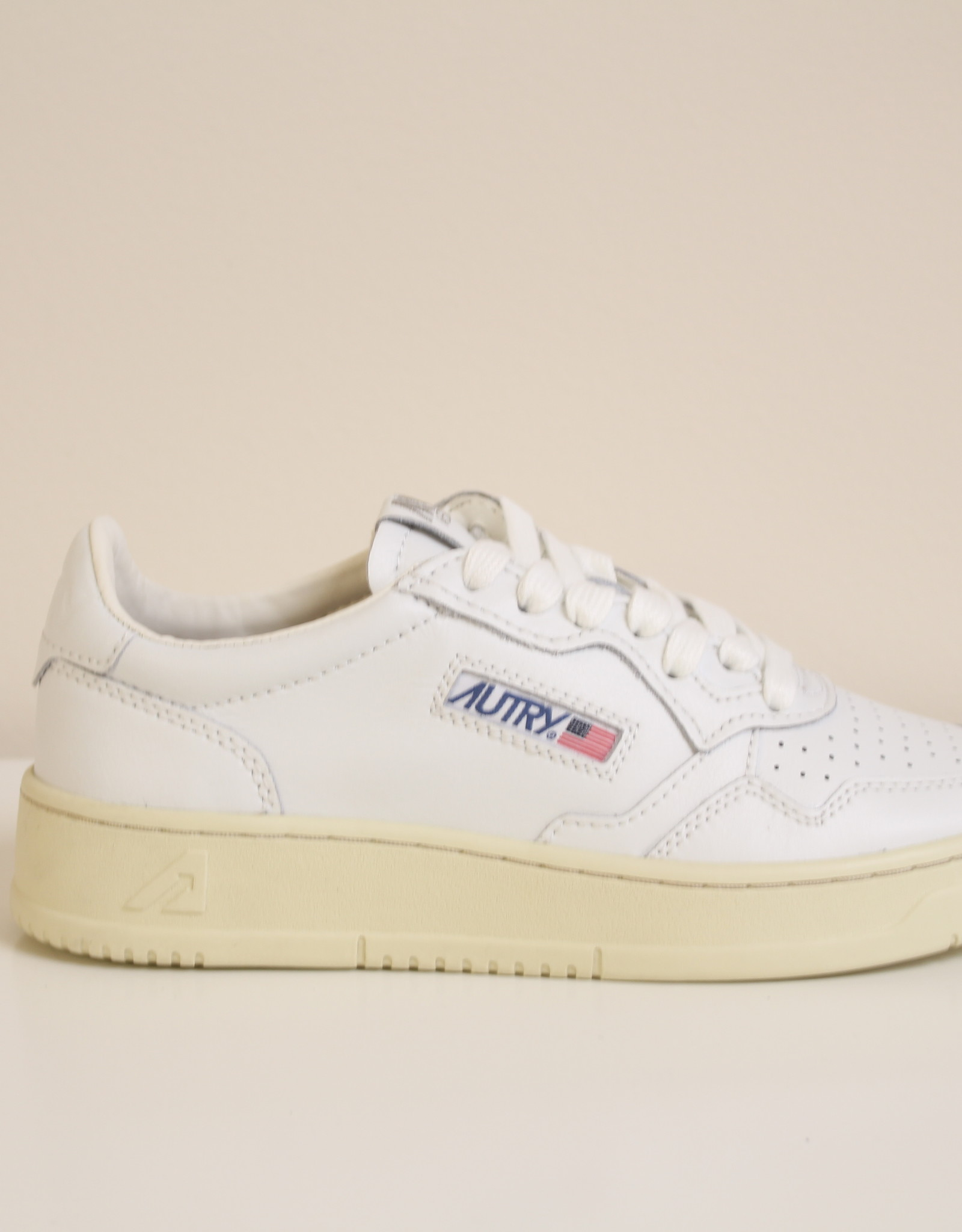 Autry AULWLL15 all leather white/white