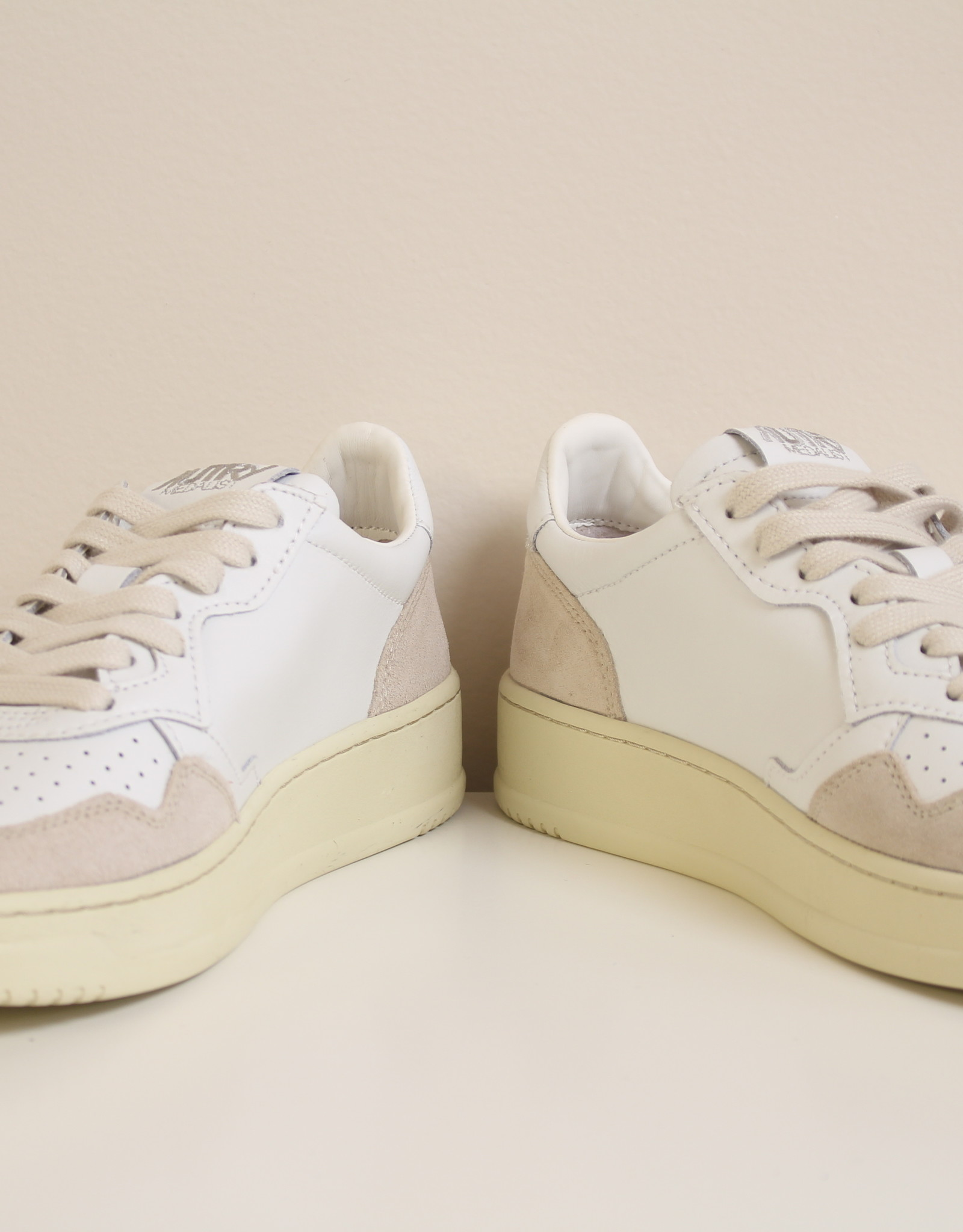 Autry AULWLS33 leather/suede white/white