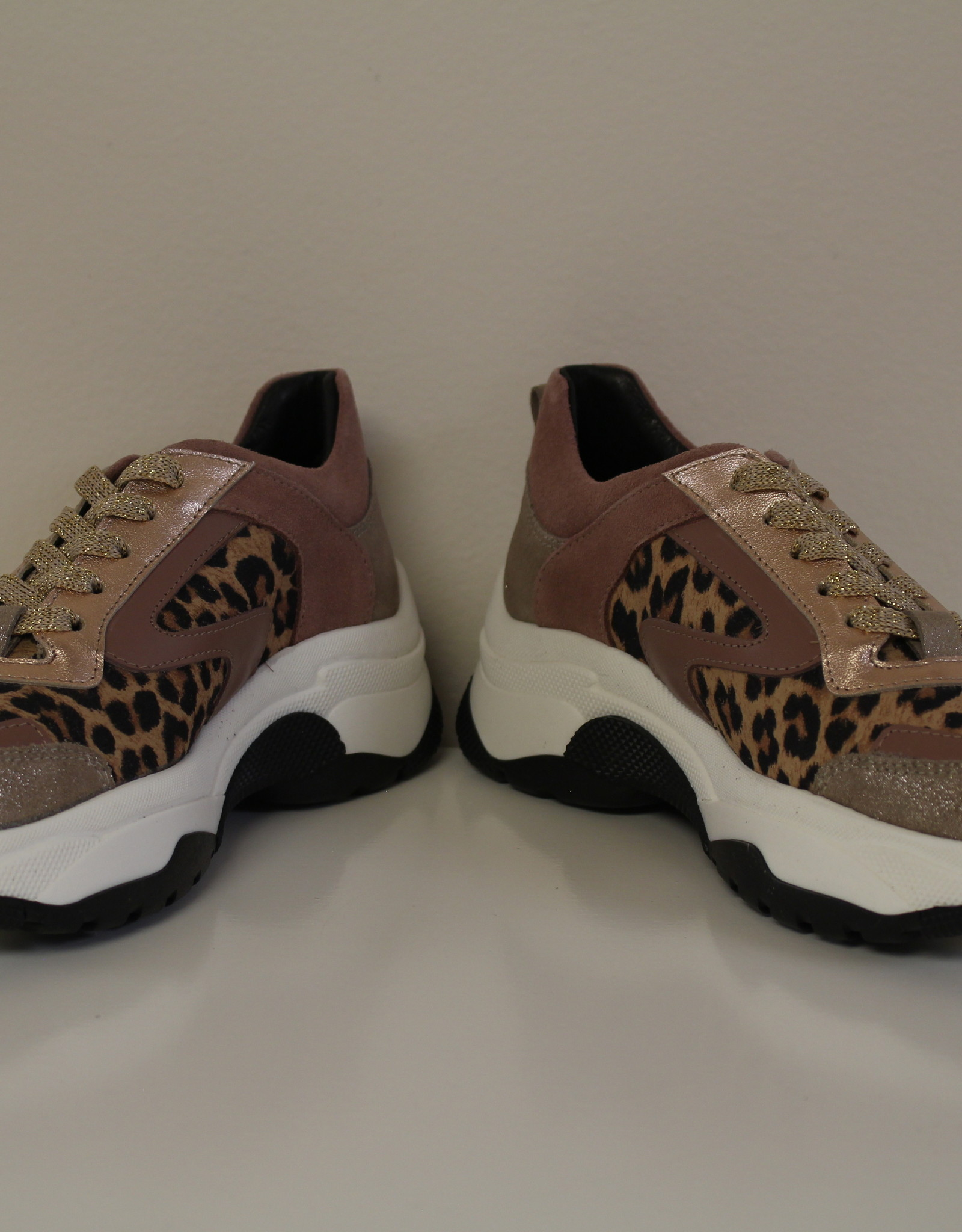 La Triboo 8501 sneaker oud roze leopard