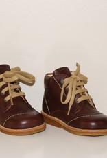 Angulus 2281-101 starter boot with laces brown