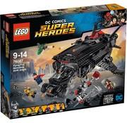 LEGO 76087 DCC Super Heroes Flying Fox: Batmobile luchtbrugaanval