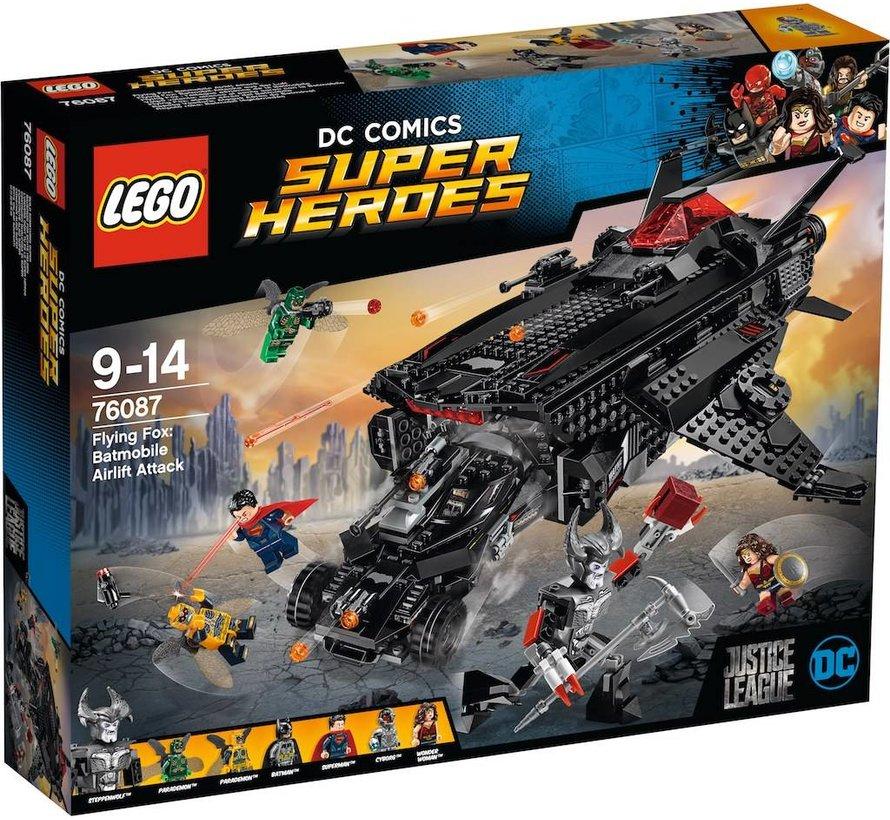 76087 DCC Super Heroes Flying Fox: Batmobile luchtbrugaanval