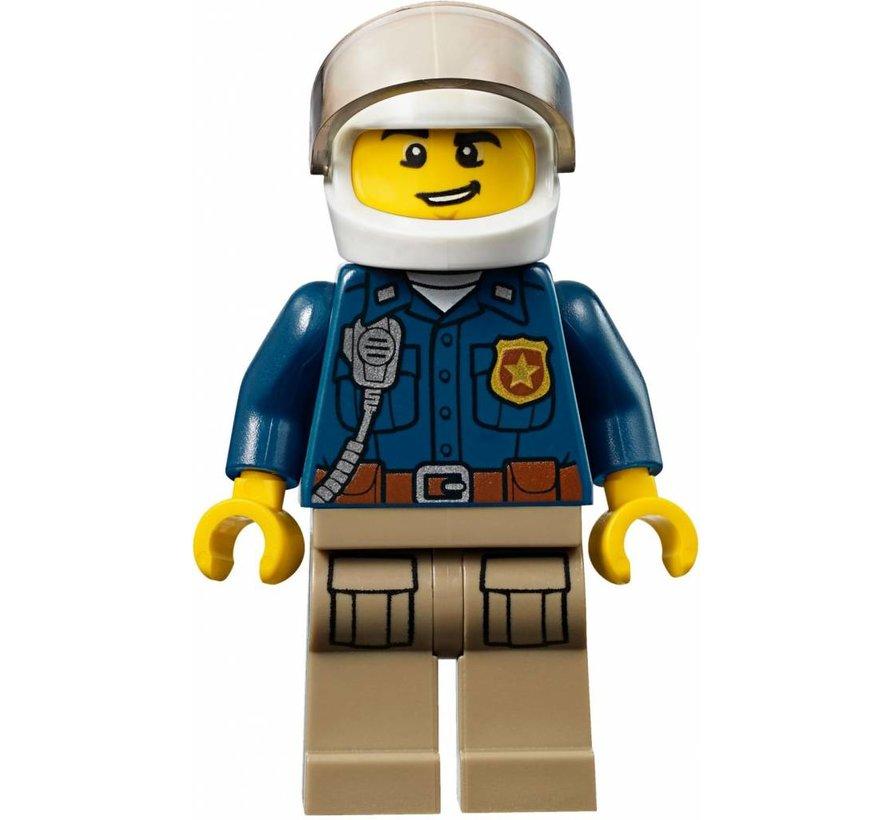 10751 Juniors Politieachtervolging in de bergen