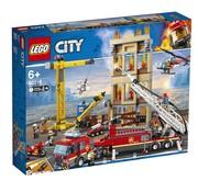 LEGO 60216 City Brandweerkazerne in de stad