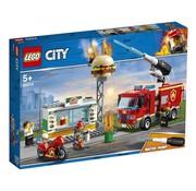 LEGO 60214 City Brand bij het hamburgerrestaurant