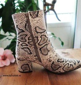 Snakeprint Boots