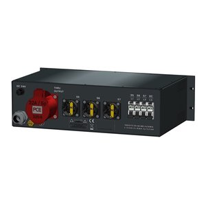 SRS Power* Rackmontage stroomverdeler 32A | 1x 32A 5p | 7x Schuko | digitale V-meter | Main MCB | 8x RCBO | 3U