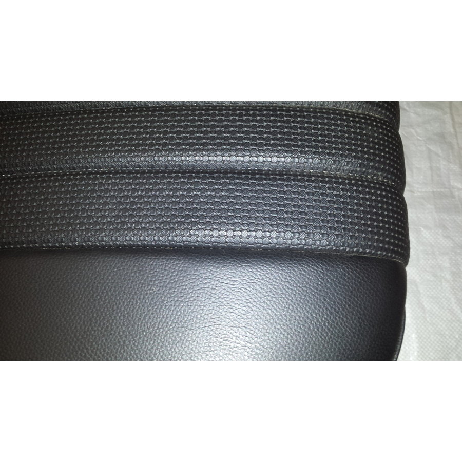 Rear bench newly trimmed in black leatherette Citroën ID/DS-2