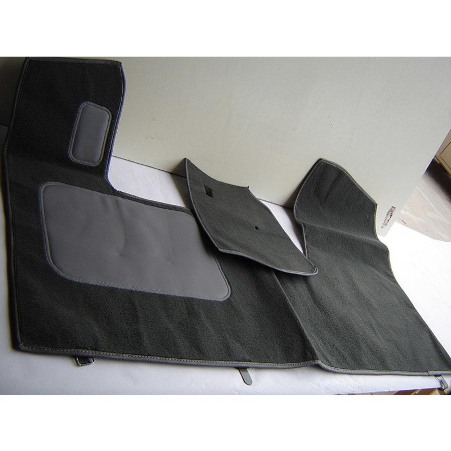 Bodenmatte vorne grau Originalreplikat (Pallas) mit Bezug für Pedalboden ohne Schaum Citroën ID/DS-2
