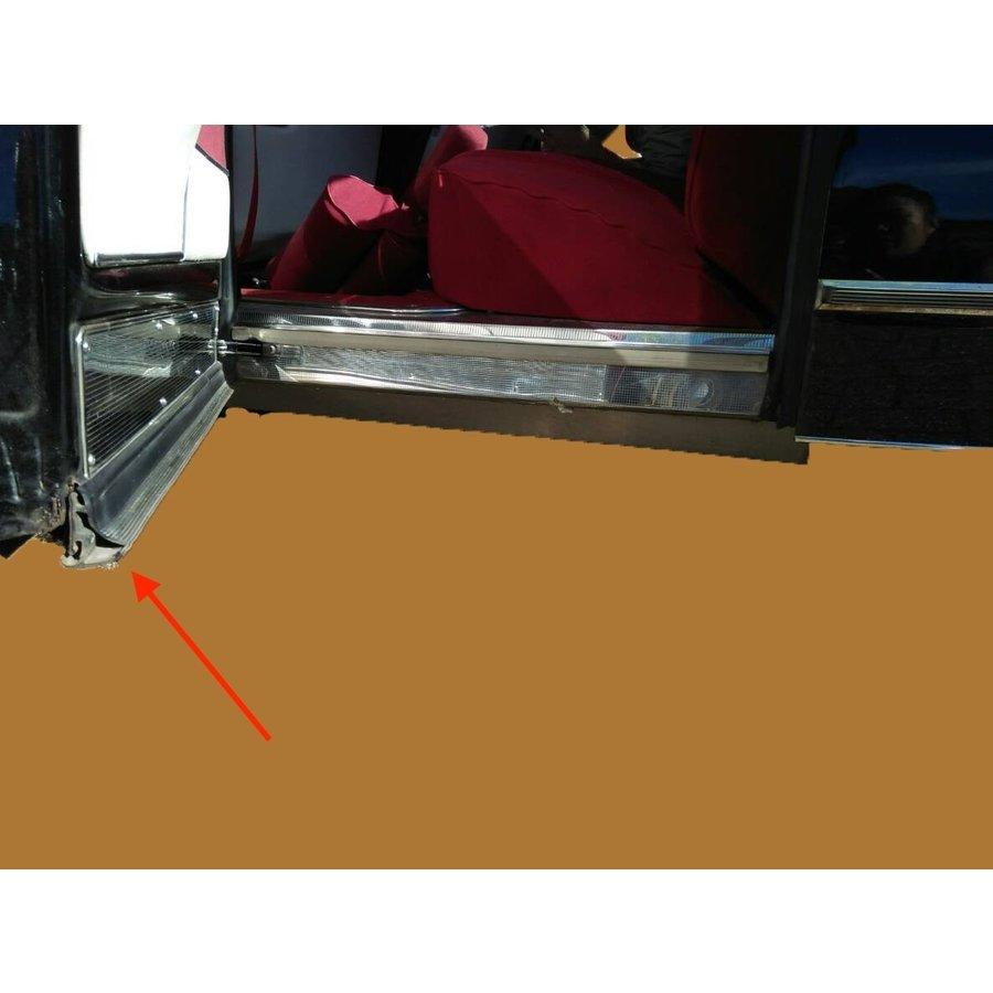 Horizontal front door rubber inside Citroën ID/DS-10
