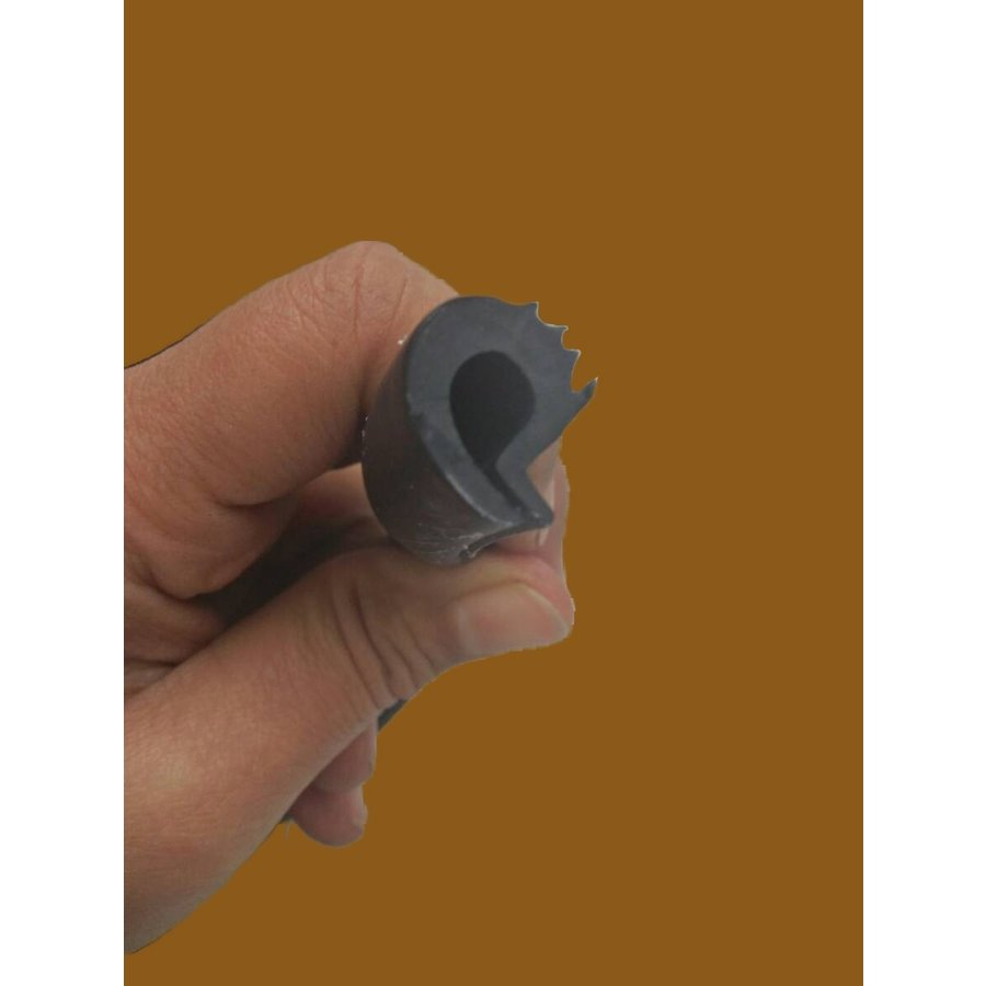 Rubber strip for screwed-on roof (L 4360) Berline Citroën ID/DS-8