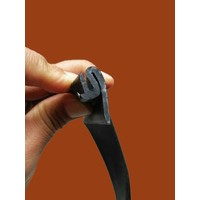 thumb-Rubber strip between front fender and front bonnet (L 1255) Citroën ID/DS-6
