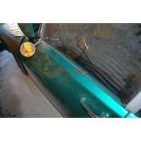 thumb-Sealing strip for the exterior front door window Citroën ID/DS-8
