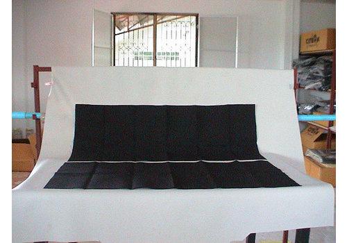 Garniture étoffe noir fixée contre l'AR de la banquette AR[2] (420 x 1000) Citroën SM