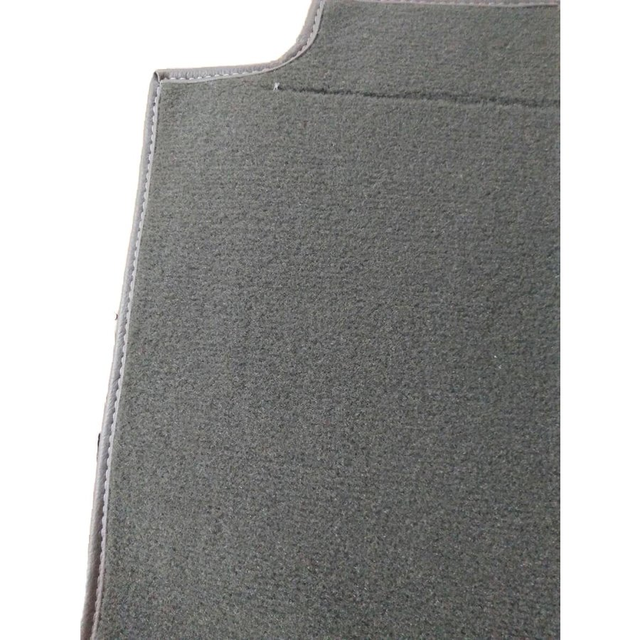 Carpet piece grey fastened to back of front seat Citroën SM-1