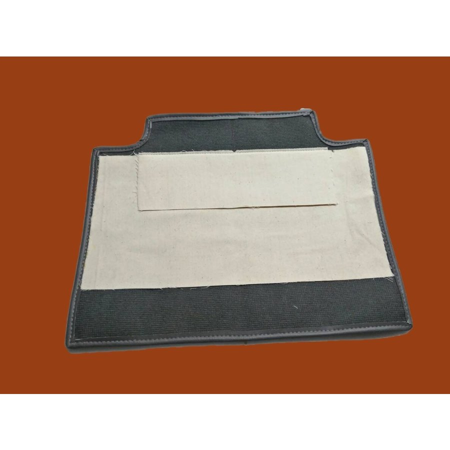 Carpet piece grey fastened to back of front seat Citroën SM-5