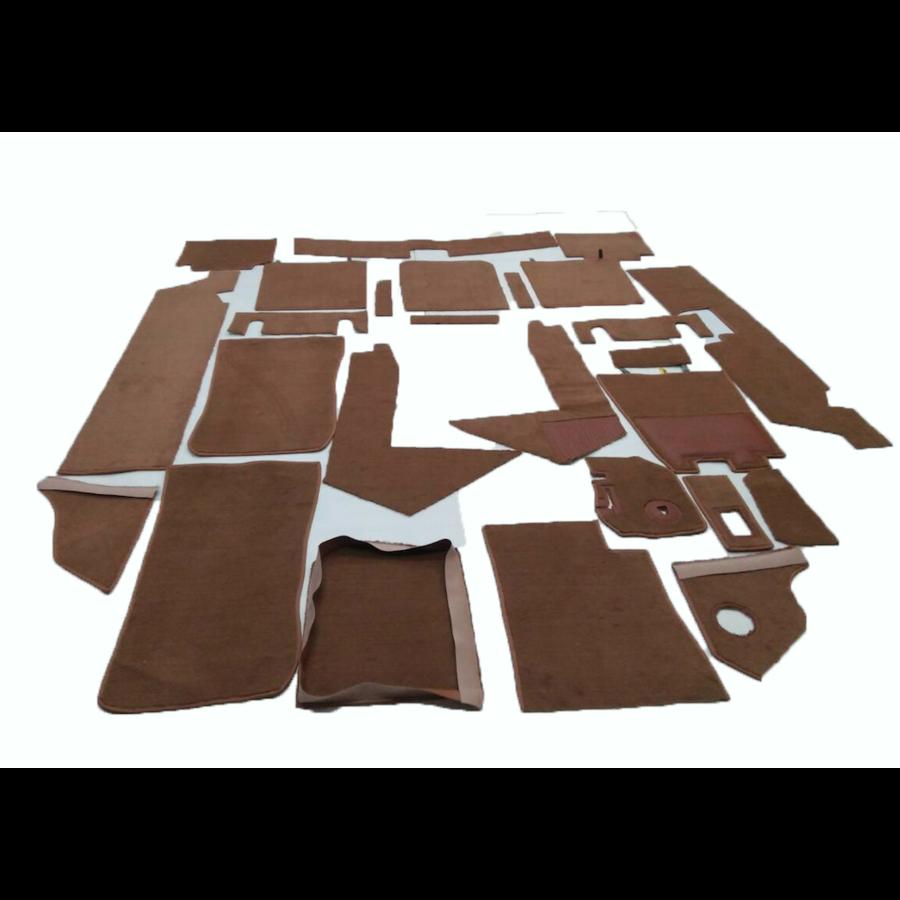 Complete set of carpet mat pieces brown Citroën SM-1