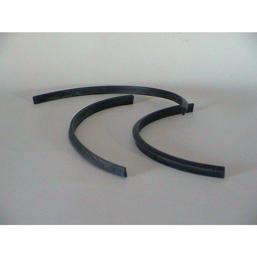 Rubber joint (U shaped) between headlight glas cover and front (L 350)-Europe Citroën SM-2