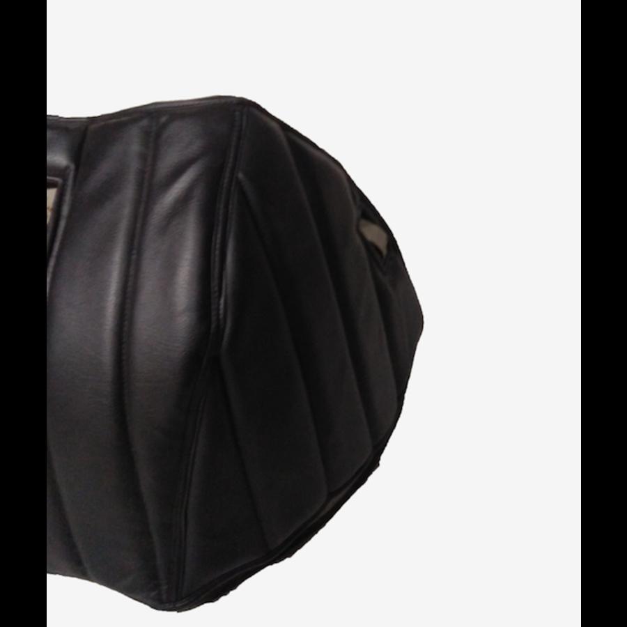 Motorkap bekleding zwart skai zwarte gestikte banen zonder kaartenbak Citroën HY-2