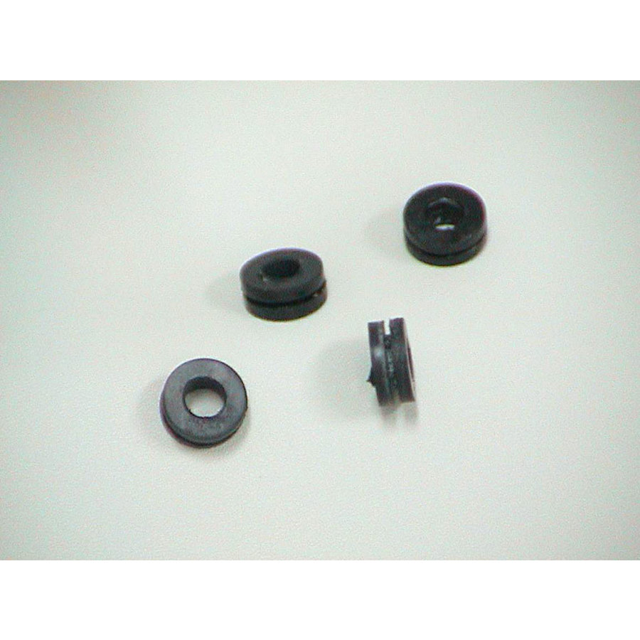 Rubber grommet for the tank of the Windscreen washer installation/SM Citroën-1
