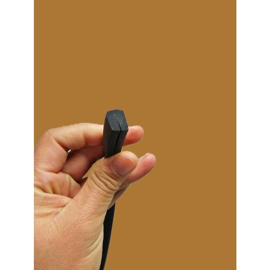 U shaped rubber/foam strip for sealing panels under sidemembers (4000) Citroën ID/DS-1