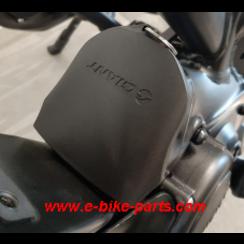 Batterieanschlussabdeckung für Batterie mit seitlicher Entriegelung