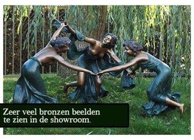 Bronze-Statuen