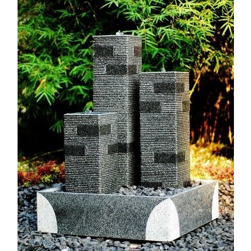 Eliassen Terrace fountain Lamio granite