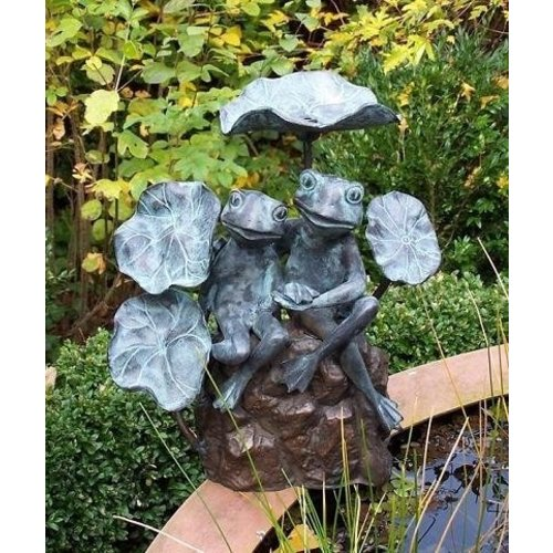 Eliassen Spray figure bronze 2 frogs between leaves
