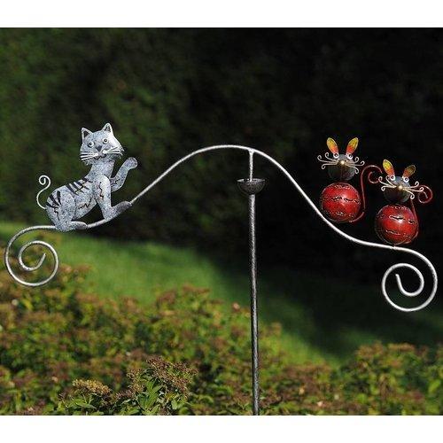 Eliassen Garden connector balance cat and mouse