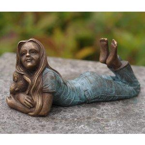 Eliassen Image bronze girl lying