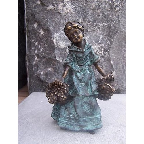 Eliassen Image bronze female with harvest baskets