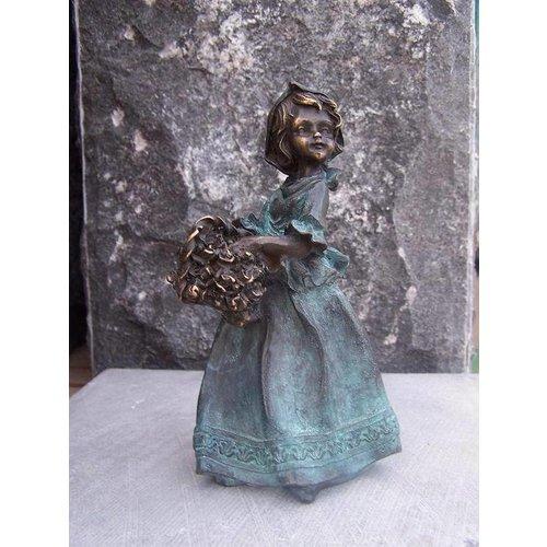 Eliassen Beeld brons vrouwtje met bloemenmand