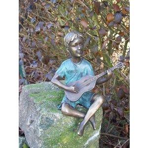 Eliassen Bild Bronze Junge mit Gitarre