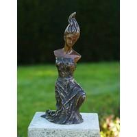 Beeld brons moderne vrouw 1