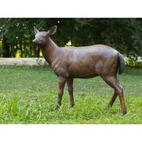Beeld brons hert vrouwelijk