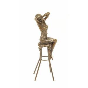 Bronze-Statue Mädchen auf dem Stuhl