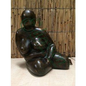 Bronzen Dikke dame zittend