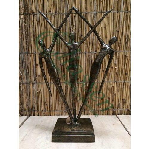 Bronzestatue von 3 stehenden Leuten